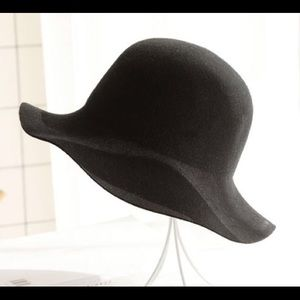 Black Wool Bucket Hat